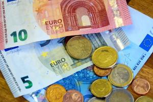 Das Schmerzensgeld wird in Österreich nach dem Schmerzgrad bemessen. Man unterscheidet leichte, mittlere und schwere Schmerzen.