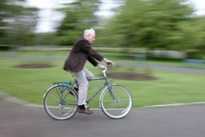 Insbesondere bei Fahrradunfällen kann es zu Schmerzensgeld bei einem Schädelhirntrauma kommen.