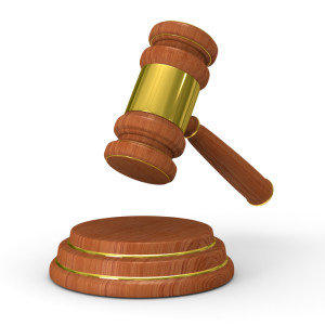 Das Gericht kann das Schmerzensgeld wegen Körperverletzung, welches vom Opfer gefordert wurde, nach Betrachtung der Umstände deutlich erhöhen.