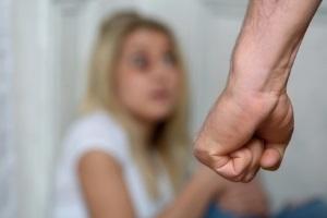 Eine leichte Körperverletzung kann Schmerzensgeld begründen.