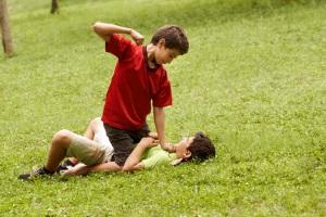 Häufig führen Schlägereien zu einem Jochbeinbruch, der dann Schmerzensgeld begründen kann.