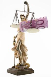 Beim Schmerzensgeld wird die Höhe vom Ermessen der Richter bestimmt.