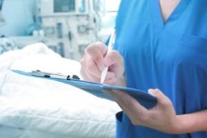 Schmerzensgeld für beschädigte Schulter: Die oftmals sehr schmerzhaften Verletzungen begründen eine billige Entschädigung.