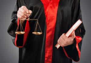 Eine Schmerzensgeldtabelle enthält verschiedene Urteile, in denen Schmerzensgeld zugesprochen wurde.